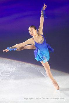 2007年、第1回「THE ICE」にて。当時16歳の浅田真央の演技 (615×922) http://news.walkerplus.com/article/58878/