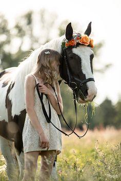 Teamwork makes the Dream work. Portrait Pferd und Mensch. Pferdefotografie by Ponyliebe Fotografie. Horse Photography. Equine Photography. Equine Photo Love. Animal Photography. Fotografieren lernen. Weiterbildung für Tierfotografen. #pferdefotografie#equinephotolove #equinephotographer