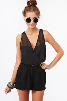 If I found rompers like this, I wouldn't hate trying them on so much. Want!!!