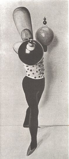 Oskar Schlemmer – The figure with spherical arms, Triadic Ballet