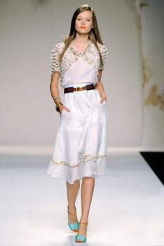 Fendi Spring 2011 Ready-to-Wear Collection Slideshow on Style.com