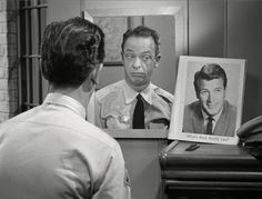 Barney compares himself to matinee idol Rock Hudson.  Great self-image.