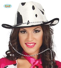 Cowboyhattu+lehmäkuviolla Rodeo, Bandana, Cowboy Hats, Space, Infant Costumes, Cow Pattern, Bandanas, Floor Space, Bull Riding