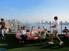 top nyc rooftop bars - The view of New York City from the rooftop bar of La Bain at Standard Highline