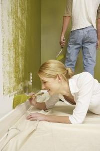 How to Paint Baseboards Like A Professional.  I want to paint our baseboards white!