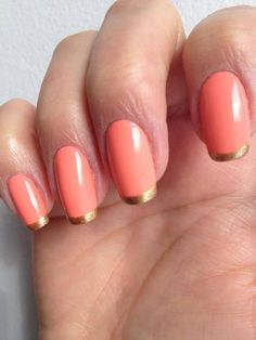 Coral nails with gold tips
