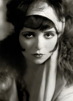 Clara Bow - Ultimate 20's: Makeup Look of the Day: The Vamp