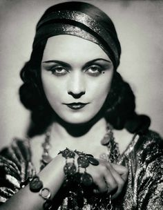 Pola Negri print photograph silent film star vintage Hollywood actress black and white photography woman movie theater wall decor movies Hollywood Glamour, Vintage Hollywood, Hollywood Stars, Classic Hollywood, Vintage Gypsy, Vintage Beauty, Vintage Circus, Vintage Glamour, Fashion Vintage
