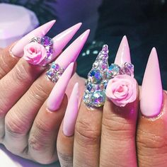 IG: @clarahnails ---------------------------------------------------------- #nails #nail #fashion #style #hudabeauty #cute #beauty #beautiful #instagood #pretty #girl #girls #stylish #sparkles #styles #gliter #nailart #opi  #essie #unhas #preto #branco #rosa #love #shiny #polish #nailpolish #nailswag #anastasiabeverlyhills #vegas_nay