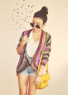 Shop this look on Kaleidoscope (sweater, sunglasses, purse)  http://kalei.do/WRJcEDAPSCBu5kAK