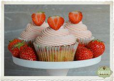 Sweet Mania: Cupcakes de chocolate blanco y buttercream de fresas