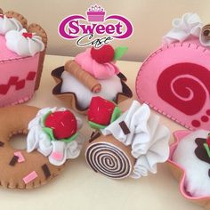 #sweet #sweetfelt #felt #handmade #creation #pannolenci #dolci #cucitocreativo #cucito #feltro #creazioni #madewithlove #sew #sewing #fattoamano #artigianato #idearegalo #craft  #faidate #creatività #madeinitaly #fieltro #feltcraft #mycreation #biscuits #cupcake #handmadewithlove #cucitoamano #pannolencimania #apaixonadosporfeltro
