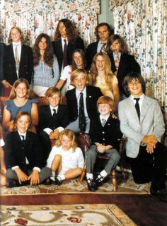 Back row: David Kennedy, Kathleen Kennedy, Bobby Kennedy Jr., Courtney Kennedy, Joe Kennedy II, Kerry Kennedy and Michael Kenned Middle row (sofa): Kara Kennedy Christopher Kennedy and Ted Kennedy Jr. Front row: Max Kennedy, Rory Kennedy, Patrick Kennedy and John Kennedy Jr.