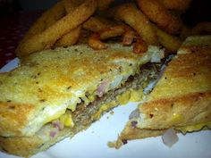 Eat Drink And Be Me: The Patty Melt at Watsons Drugs and Soda Fountain - diner food at its best!