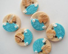 Button Checked Holly handmade polymer clay by digitsdesigns