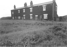 PH/13/36 Black and white photographs showing Old Glade Hill at the bottom of Chain Lane, St.Helens, subject to housing clearance and redevelopment. c.1960.   . PH - Photographic collections 13 - Photographic prints relating to Compulsory Purchase and slum clearance in St.Helens