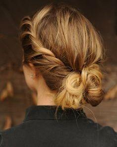 Love this braided updo hybrid! // #hair #beauty #wedding