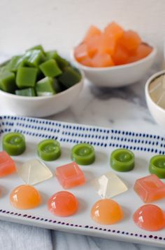 Healthy Homemade Fruit Snacks with Evolution Fresh Juices - finally a healthy sn. Healthy Homemade Fruit Snacks with Evolution Fresh Juices - finally a healthy snack without all the additives an. Healthy Fruit Snacks, Healthy Candy, Healthy Juices, Good Healthy Recipes, Easy Snacks, Healthy Foods To Eat, Fruit Snacks Homemade, Homemade Gummy Bears, Peanut Butter