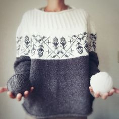 Ravelry: Project Gallery for Acorn pattern by Junko Okamoto Fair Isle Knitting Patterns, Sweater Knitting Patterns, Knitting Designs, Knit Patterns, Knitting Projects, Ravelry, How To Purl Knit, Knit Fashion, Mode Outfits