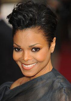 Janet Jackson's gorgeous makeup