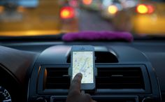 How can Lyft compete with Uber? Lyft is the off-brand tissue to Uber's Kleenex.