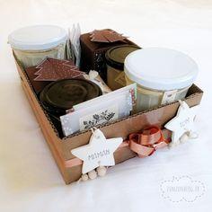 Une jolie boîte de présentation faite dans des cartons récupérés, pour présenter mes cadeaux faits maison 2020