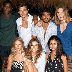 francisco_lachowski_turkey_fan @chico_lachowski & @marlontx & @iohma & @therealtonheukels & @annaewers & @andreeadiddy  #chicolachowski  #franciscolachowski  #marlonteixeira #tonheukels #annaewers #andreeadiaconu #model #beauty #beautiful #instamood #instagood #likeforlike #like #like4like #followme #all_shots #brasil #girl #men #boy #love #friends #friendship #photooftheday #bestoftheday #iger #tweegram 2016/10/17 23:47:21