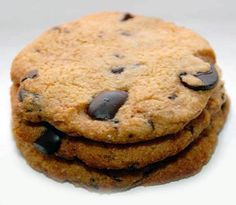 Made with just 7 ingredients, this chewy Chocolate Chip Cookies recipe is gluten-free, grain-free, and made with heart healthy almond flour.