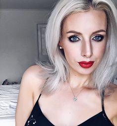 London bound for champagne brunch. I ❤️ Saturdays!  (Eyes: Tarte in bloom palette, lips: ABH American Doll - my favourite lipstick!)  ___________________________________________________  #bblogger #bbloggers #bbloggersuk #beautyblogger  #makeup #makeupoftheday #motd #makeupjunkie  #makeupaddict #makeuplover #makeupforever  #makeupbyme #mac #maccosmetics #makeupporn #makeuplook  #makeupgeek #makeupmafia  #beautyblog #nars #makeupartistsworldwide  #instamakeup #makeuplovers #makeupoftheday...