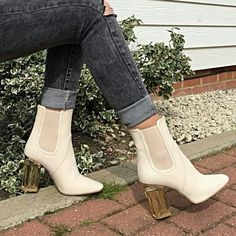 Booties Off white booties, brand new from Simmi Shoes. I'm originally a size 6.5, but they don't offer half sizes so I opted for a 7. Simmi Shoes  Shoes Ankle Boots & Booties