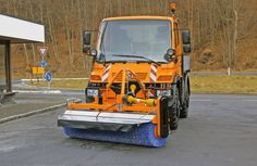 VKS (Anbau-Kehrmaschine) | ASH Aebi Schmidt Holding AG