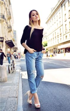 off shoulder top with ripped jeans and white heels
