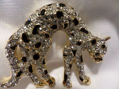 Vintage Gold Tone,Black Enamel & Rhinestone Leopard Brooch #502