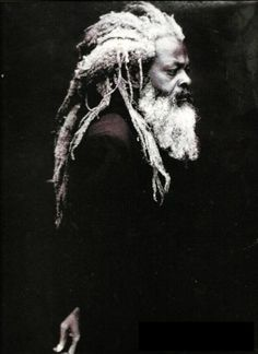 #RastA they not know our truth Black White Photos, Black And White Photography, Style Afro, Prince Charmant, Dreadlock Hairstyles, People Of The World, Interesting Faces, Black Is Beautiful, Portrait Photography