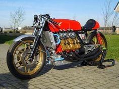 Honda v8 Cafe Racer ...