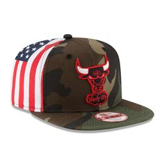 Adult New Era Chicago Bulls Flag Side 9FIFTY Snapback Cap 856e17752953