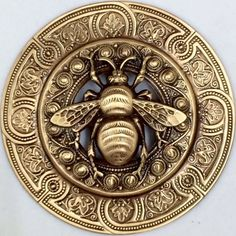 """EXTRA SUPER LARGE 3"""" INCH Stamped Brass Vintage Inspired """"BEE"""" Picture Button"""