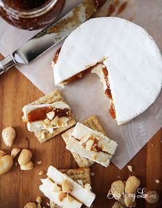 Easy appetizer: brie with fig spread and almonds. Perfect for a party! #recipe skiptomylou.org