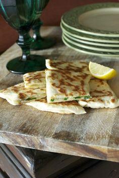 Beyaz Peynirli-Yoğurtlu Ispanaklı Gözleme