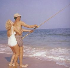 Image via We Heart It https://weheartit.com/entry/81199148 #arthurmiller #blonde #Hot #MarilynMonroe #PinUp #retro #sexy #vintage