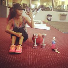 And showed her young fans that her new healthier body isn't due to starving herself — it's hard work! | Snooki's 42 Most Inspiring Moments Of 2013