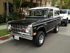 1969 bronco in Portland Classic Bronco, Classic Ford Broncos, Classic Cars, Broncos Colors, Broncos Pictures, Early Bronco, Old Boats, Ford 4x4, Hot Rides