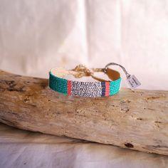 Braided Friendship Bracelets, Macrame Bracelets, Textile Jewelry, Macrame Jewelry, Jewellery, Textiles, Handmade Jewelry, Unique Jewelry, Textile Design