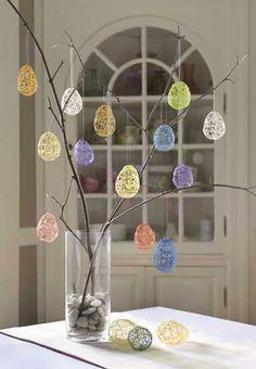 Albero di Pasqua con uova di filo