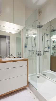 Capoccia: moderne Badezimmer von Plan W GmbH | Werkstatt für Räume
