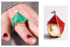this ring has added fuel to the fire of my recent obsession with circus/freak show things....
