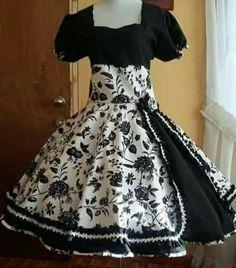 Fashion Designers Names, Skirts, Dresses, Folklorico Dresses, Folklore, Outfits, Dresses For Girls, Wedding Dresses, Off Shoulder Blouse