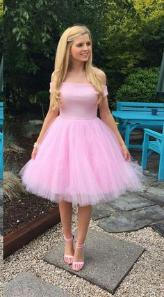 Beautiful dress, and great shoes. I'd love to be able to see my pretty bf in an outfit like this someday. The Dress, Pink Dress, Dress Skirt, Pink Tutu, Fancy Dress, Girly Girl Outfits, Cute Outfits, Lovely Dresses, Vintage Dresses