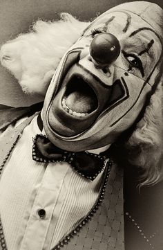Mexican Clowns [Vintage] by Nicola Okin Frioli, via Behance.     Clowns were either scary, or funny and entertaining for children. They would entertain them at circuses, fairs, or birthday parties.