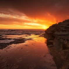 #Repost @mrperrycho  Sunset at thunder point Warrnambool Backup 2 #photoofthrday #bestoftheday #instadaily #igers #picoftheday #igdaily  #destinationwarrnambool #visitmelbourne #greatoceanroad #seeaustralia #exploringaustralia #exploreaustralia #nature #amazing_australia #igsuper_shotz #sunset @australia #warrnambool #love3280 by destinationwarrnambool